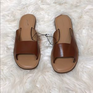 Banana Republic Brown Strap Flat Sandals